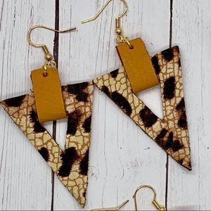 ✨NEW✨Leopard & Mustard Earrings!